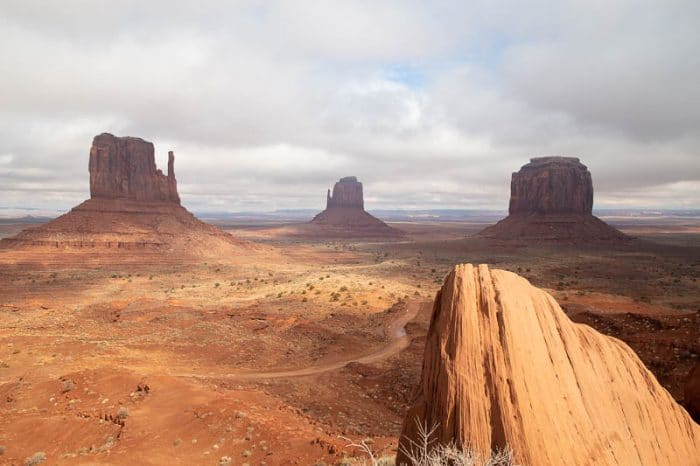 Monument Valley RAW Photo for download